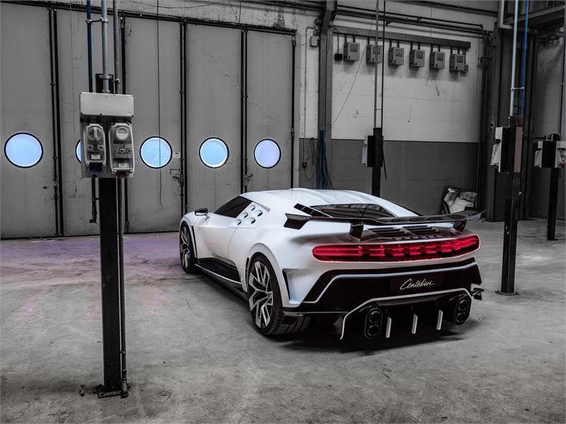 2019 - [Bugatti] Centodieci 96301210