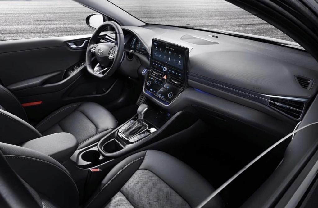 2016 - [Hyundai] Ioniq - Page 6 Caeae110