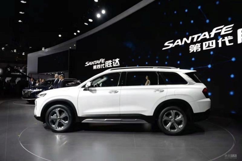 2018 - [Hyundai] Santa Fe IV - Page 3 F16c4f10