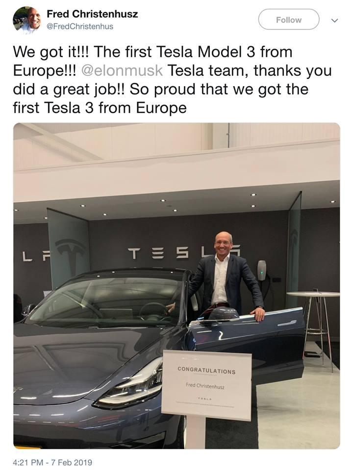 Tesla : la model 3 dévoilée - Page 39 First_10
