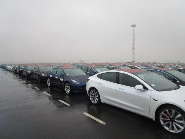 Tesla : la model 3 dévoilée - Page 38 Model314