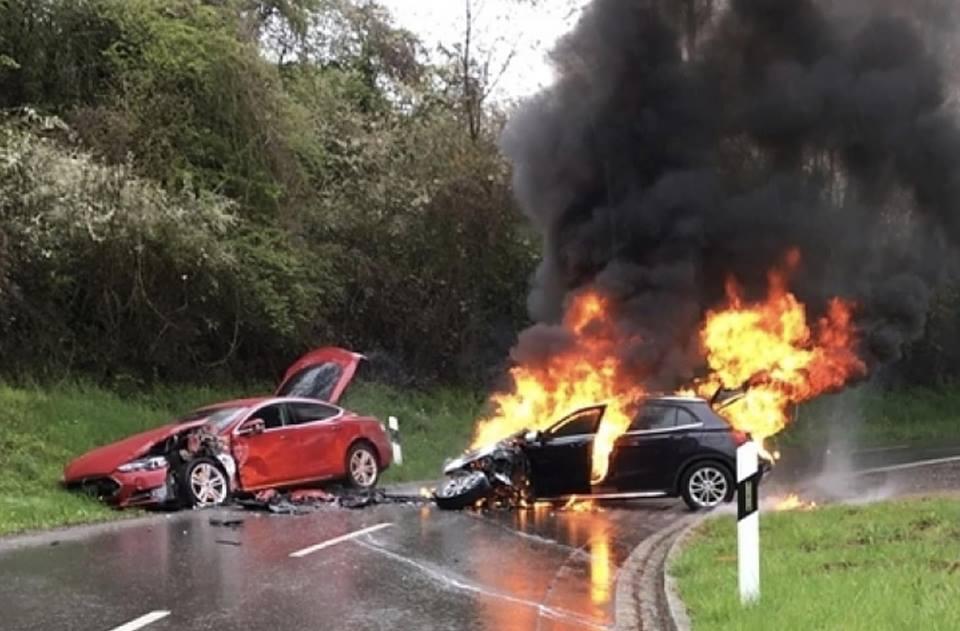 Le VT ça brûle Tesla-13