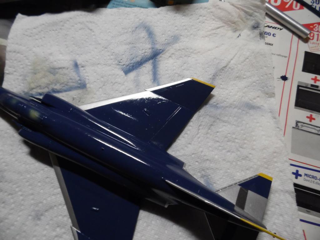 """Mc Donnell Douglas F-4J Phantom II """"Blue Angels"""" - kit FUJIMI 1/72 Sam_1422"""