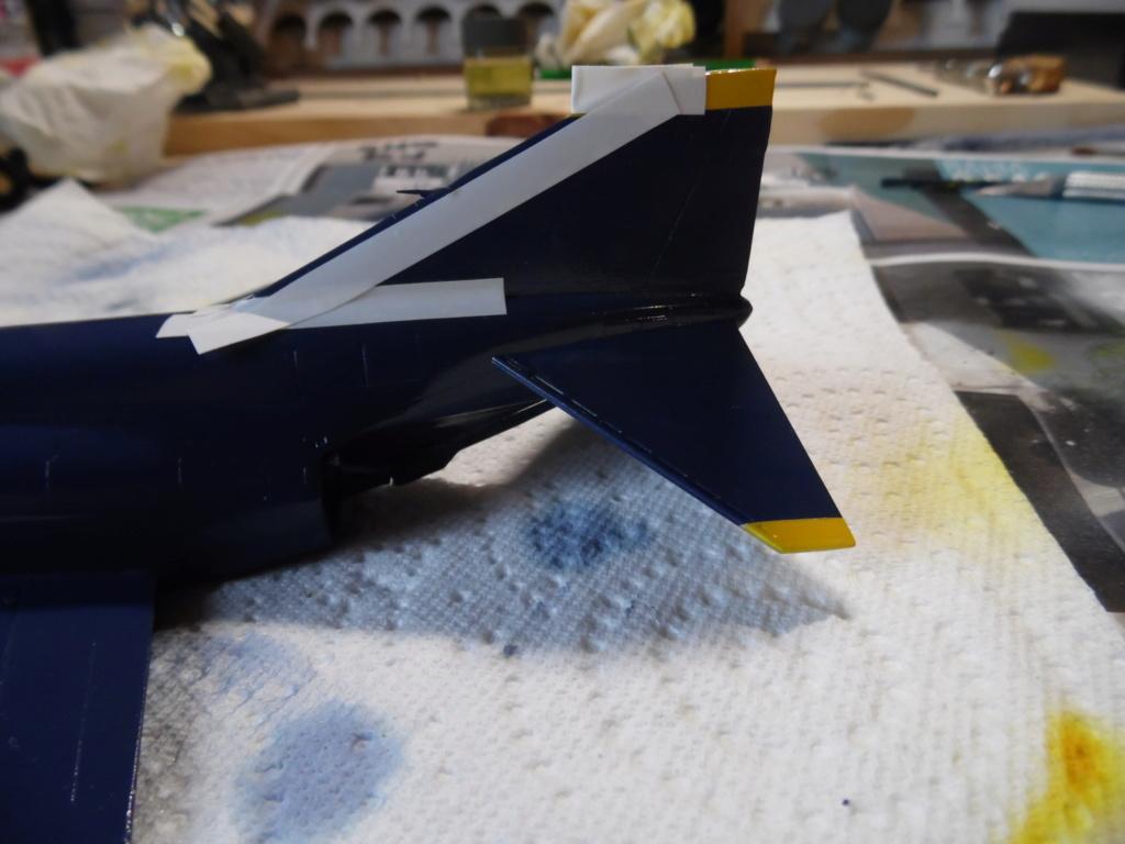 """Mc Donnell Douglas F-4J Phantom II """"Blue Angels"""" - kit FUJIMI 1/72 Sam_1423"""