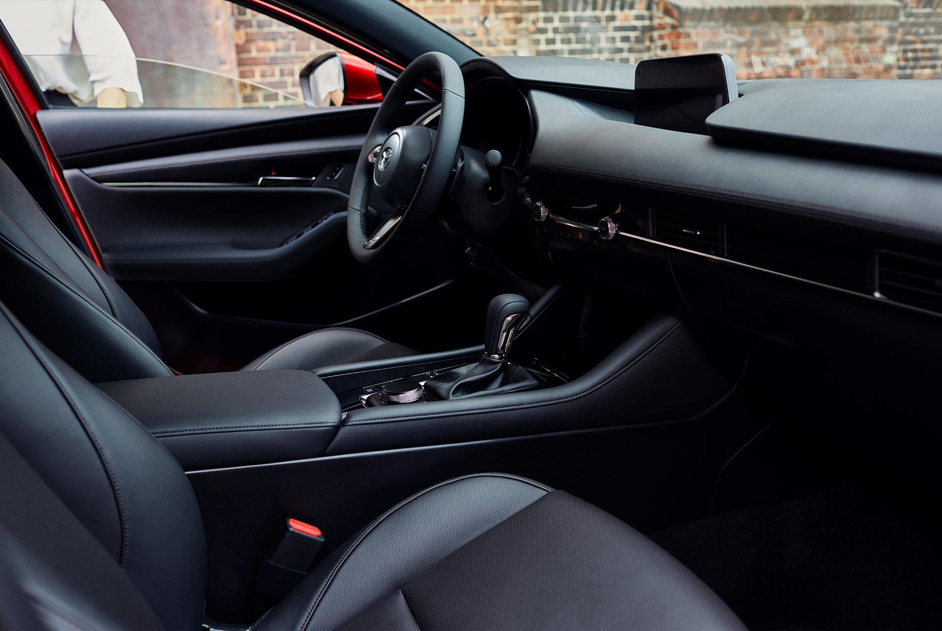 2018 - [Mazda] 3 IV - Page 11 Next-g11