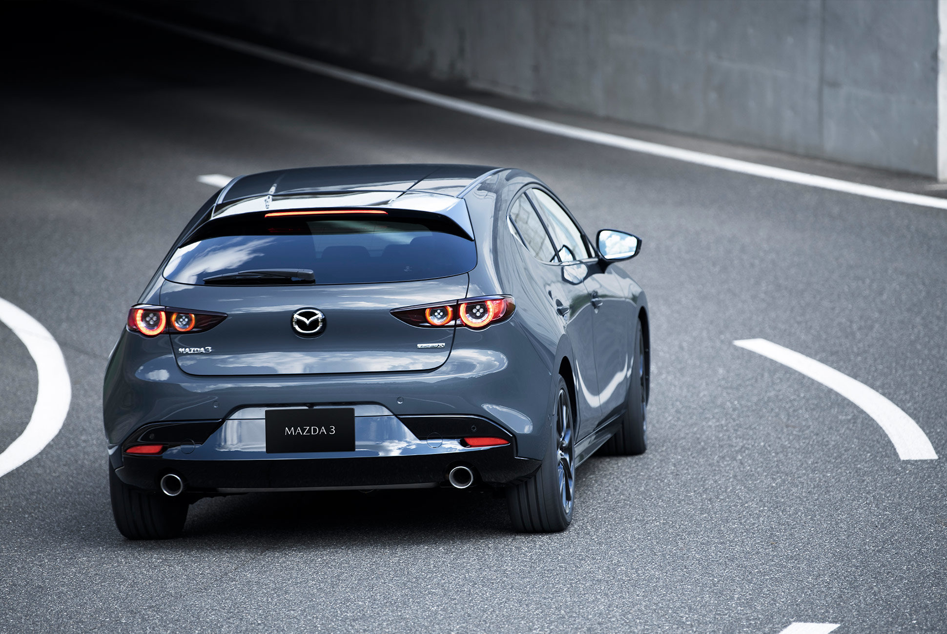 2018 - [Mazda] 3 IV - Page 11 Next-g12