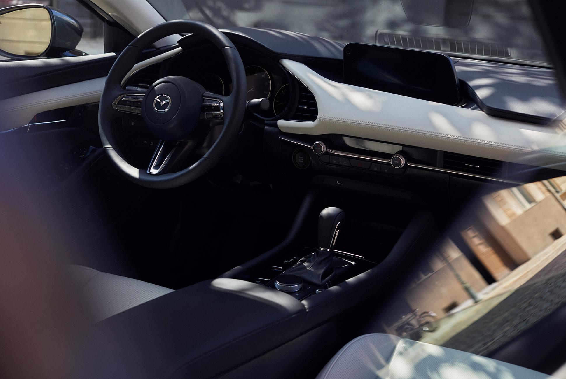 2018 - [Mazda] 3 IV - Page 11 Next-g13