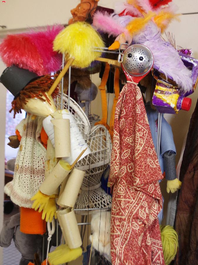 Dans l'antre des marionnettes Imgp1819