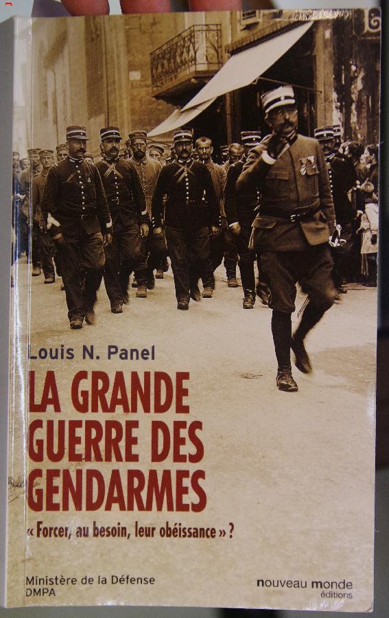 L'histoire, «La Grande Guerre des Gendarmes» Imgp3818