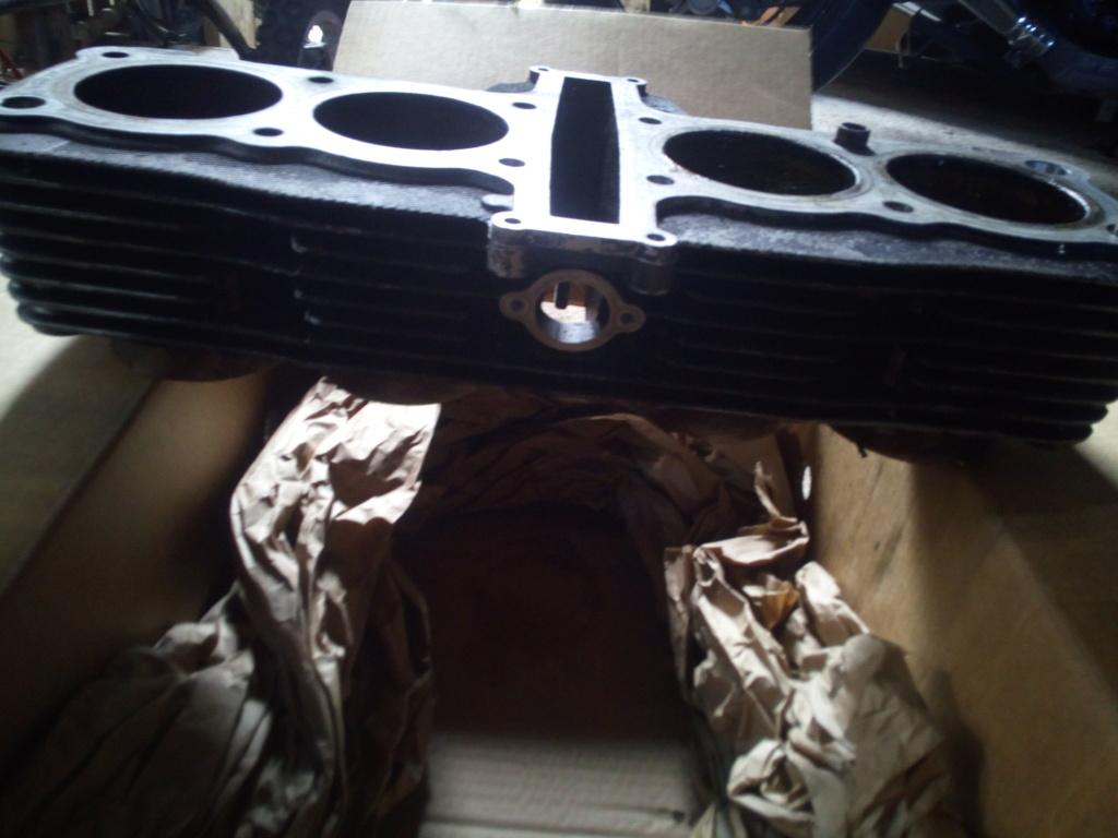 bloc cylindre piston 1200 avec 18000 kms Img_2046