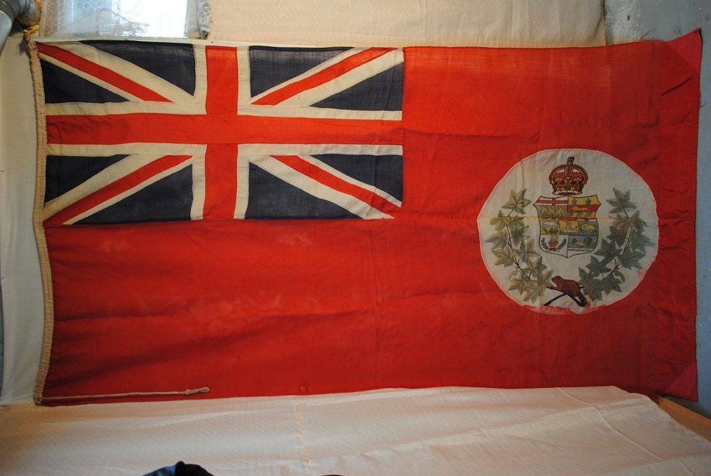 Old Red Ensign flag Canadi10