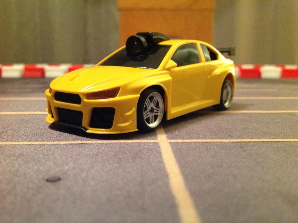New forum drift racer 1/43 sur table Img_0710