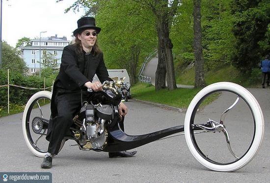 Motos , bizarres , excentriques ou barrées... - Page 2 Humour13