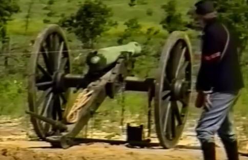 Tir au canon Guerre de Sécession - obus explosif. Canon_14