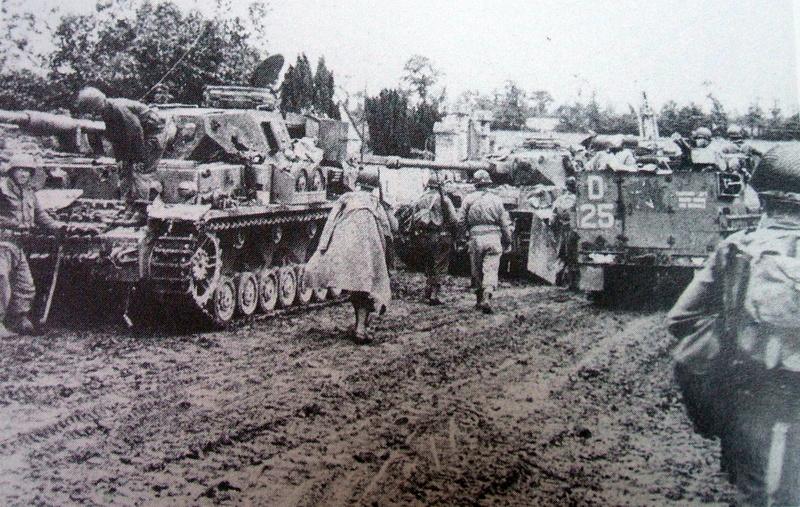 Le mur des Panzer: Déterrage pour un diaporama. - Page 6 10812