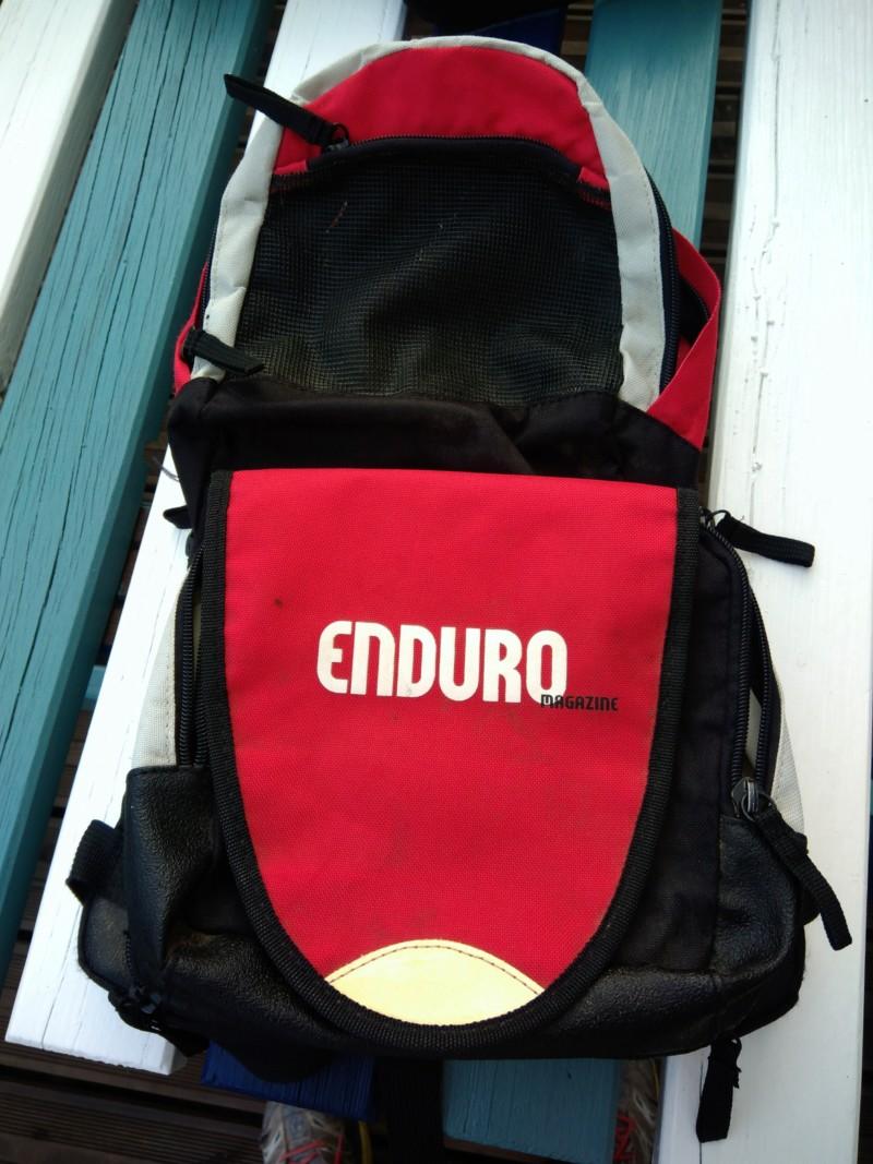 Vends sac à dos enduro mag avec compartiment outils 20 euros 20190410