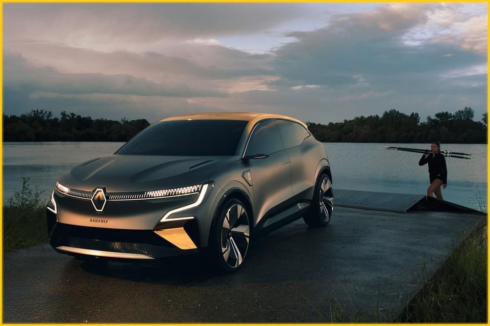 2020 - [Renault] Mégane eVision - Page 6 Img_3210