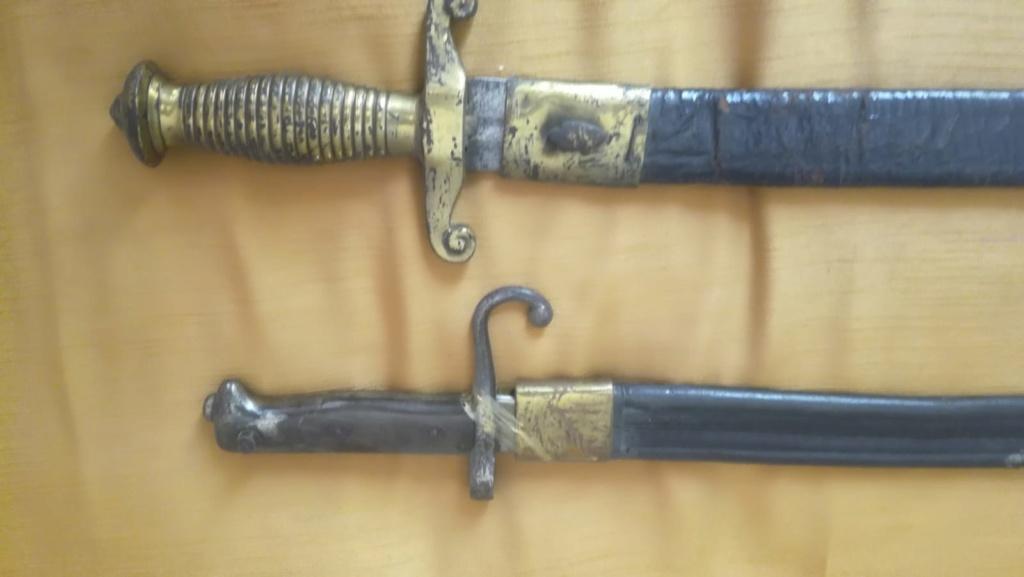 Identification et estimation baionettes et armes blanches italiennes Img-2036