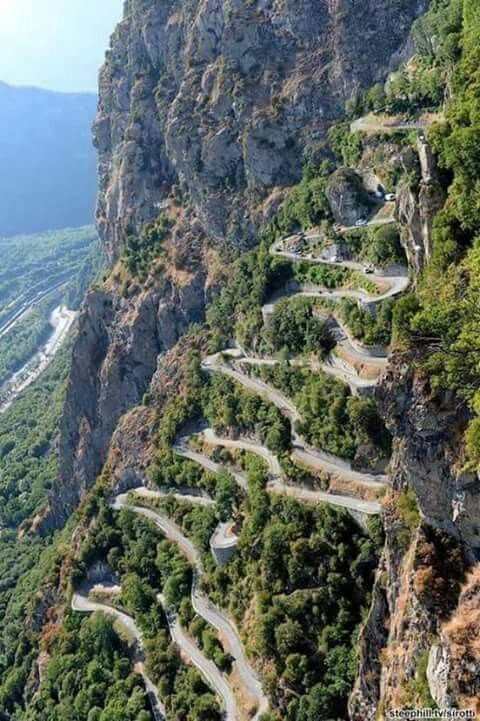 Quelle belle route à ....  faire d'Urgence ! 6debd710