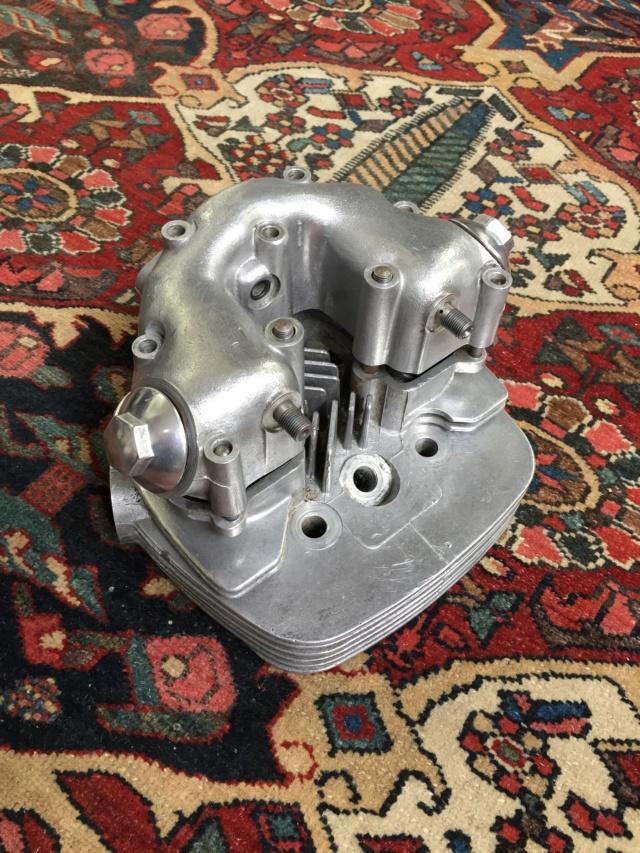 Reconstitution d'un moteur de Victor 441 69/70 Img_2912
