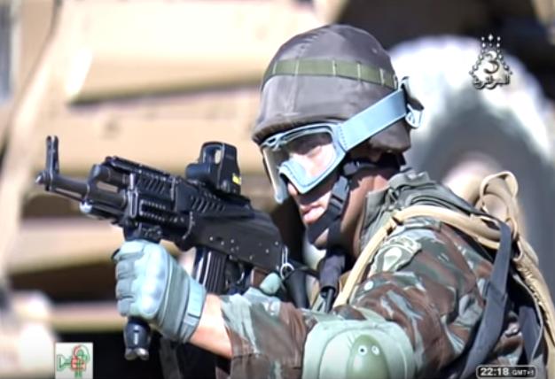 القوات الخاصة الجزائرية : فوج المناورات العملياتية RMO116 Rmo_1110