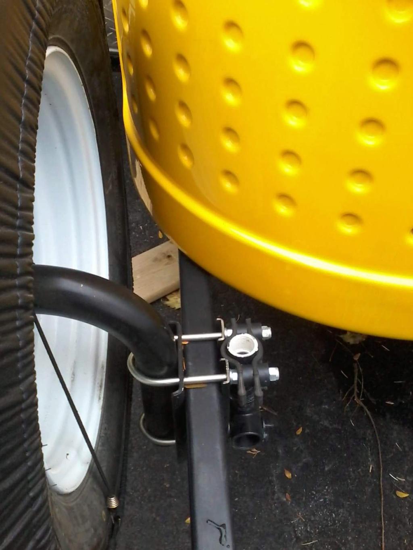 pneu de secours et support à vélo 77330110