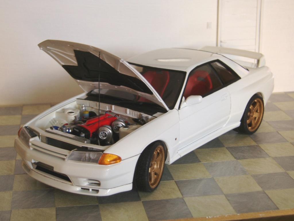 MT: Nissan Skyline GT-R R32 1/24 Tamiya P3250310
