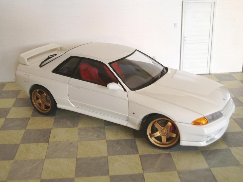 MT: Nissan Skyline GT-R R32 1/24 Tamiya P3250311