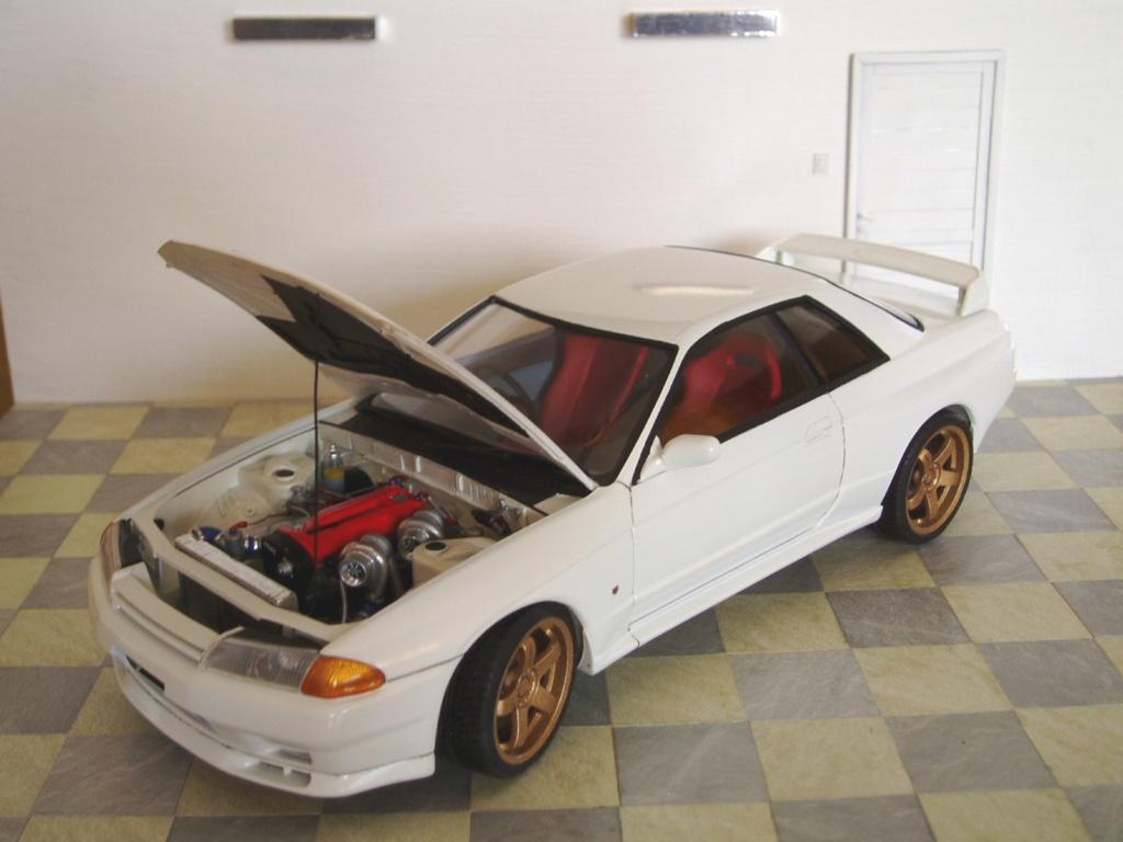 MT: Nissan Skyline GT-R R32 1/24 Tamiya P3250312