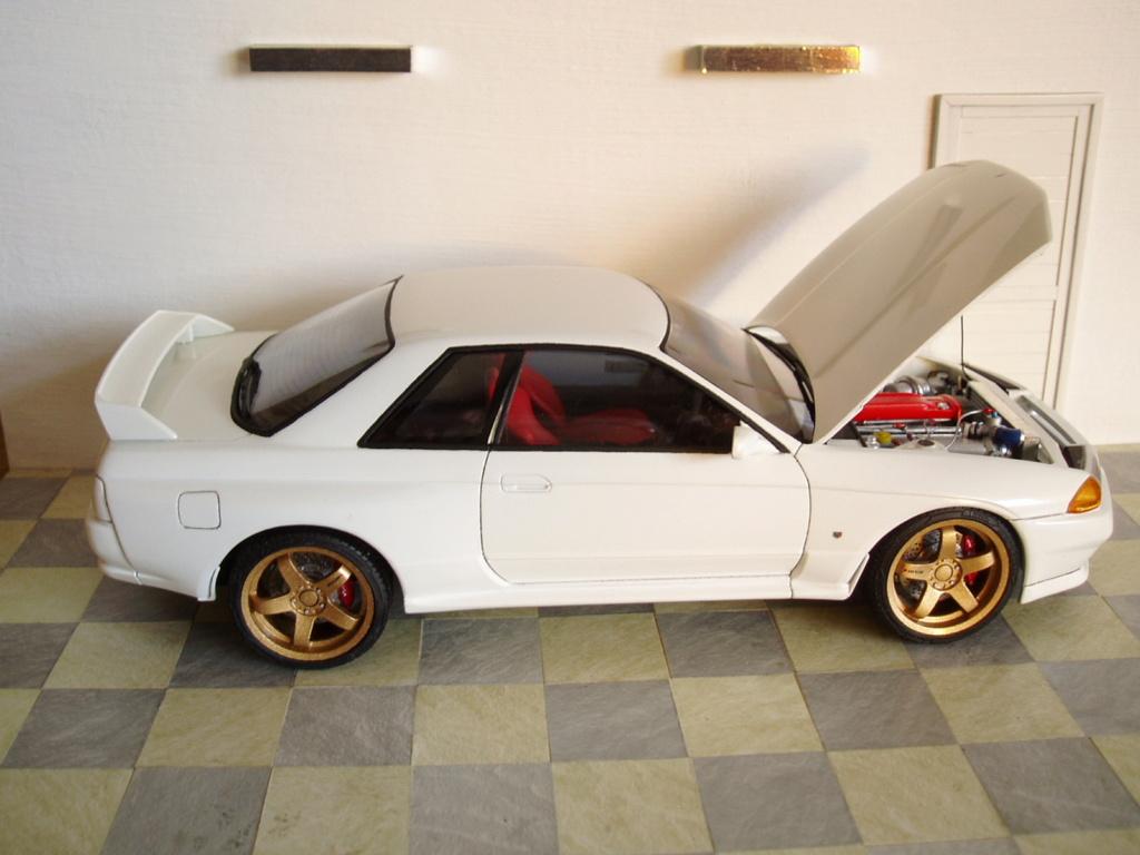 MT: Nissan Skyline GT-R R32 1/24 Tamiya P3250314