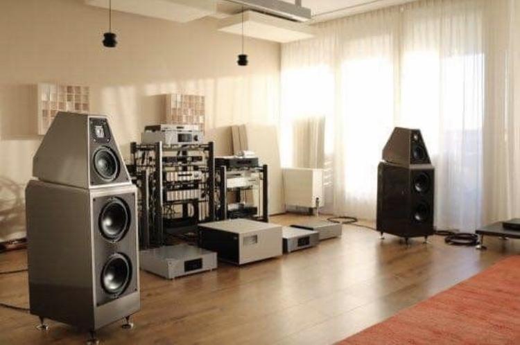 Salas audiofilas - Página 2 0b554710