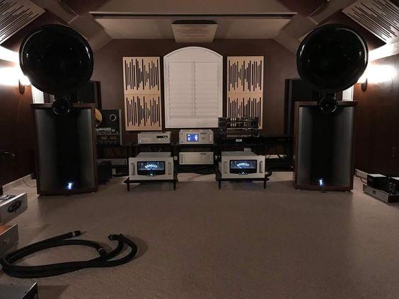 Salas audiofilas - Página 2 Mola210