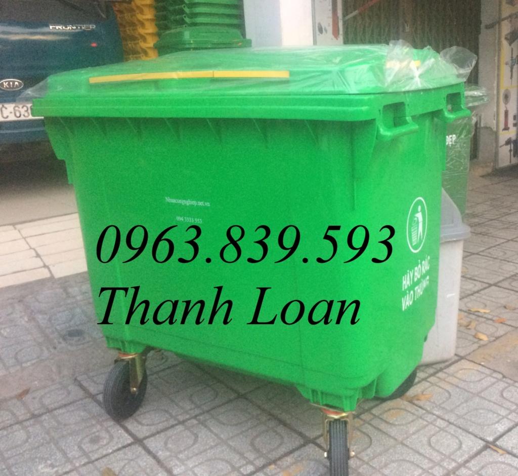 Thùng ác nhựa công cộng, xe thu gom rác đô thị lớn chất lượng tốt 0963.839.593 Loan Thungr11