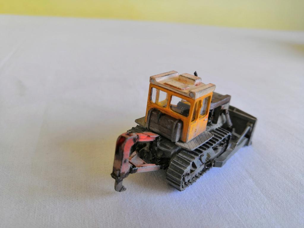 T-130 bulldozer Img_2124