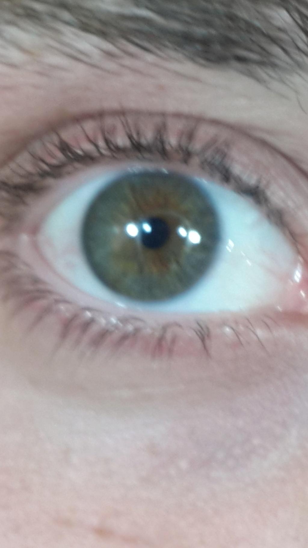 Ojos verdes - Famosas y famosos con los ojos de color VERDE Screen10