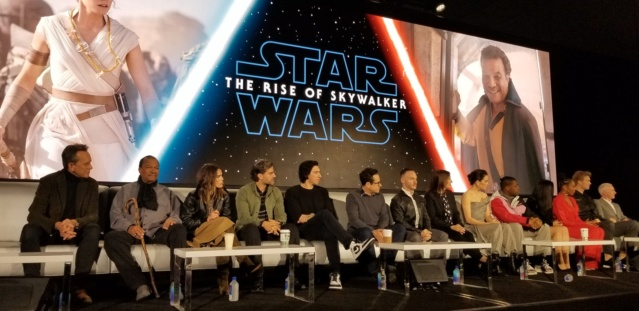 Episode IX: The Rise of Skywalker Press Tour & Interviews - Page 16 Tros_p25