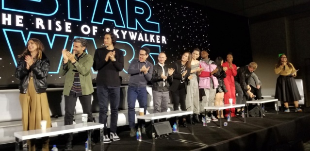 Episode IX: The Rise of Skywalker Press Tour & Interviews - Page 16 Tros_p27