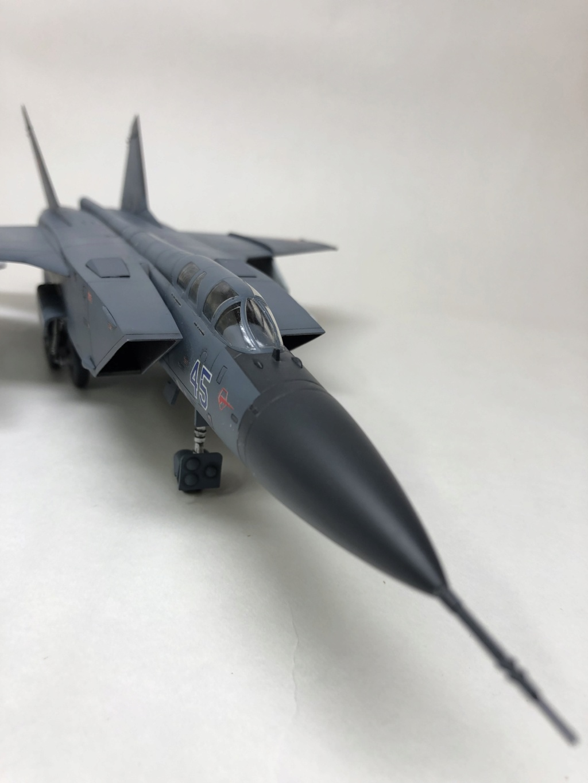MiG-31 Foxhound, Revell 4377 1/72 Img_0413