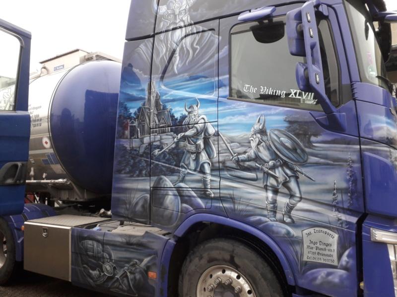 Volvo und Scania im Wikingerkleid !!! 20191219