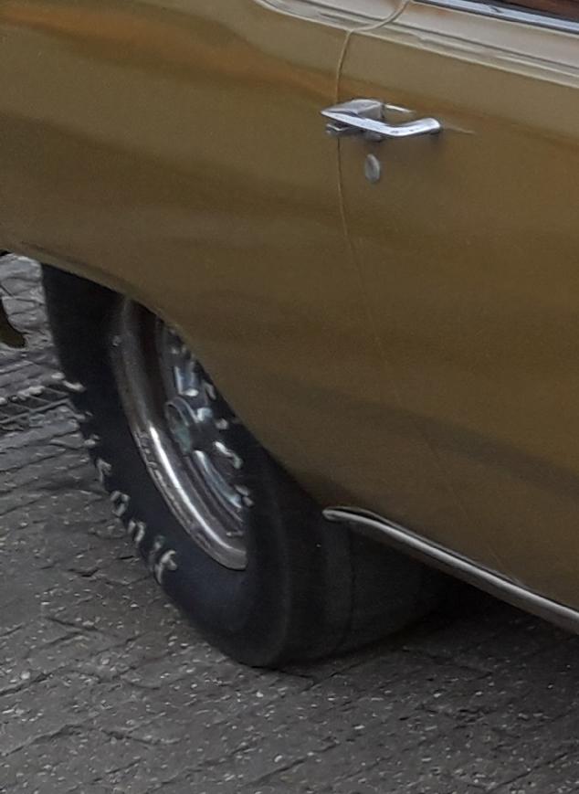 Ein Dodge Swinger  20200317