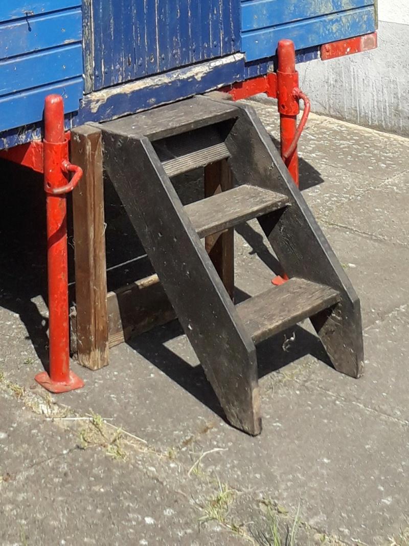 Restaurierung eines Bauwagens 1:1 - Seite 24 Treppe10