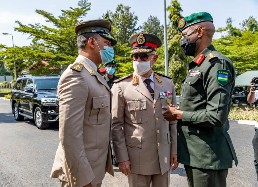 بعد كينيا مصر توقع اتفاقية عسكرية مع رواندا M10