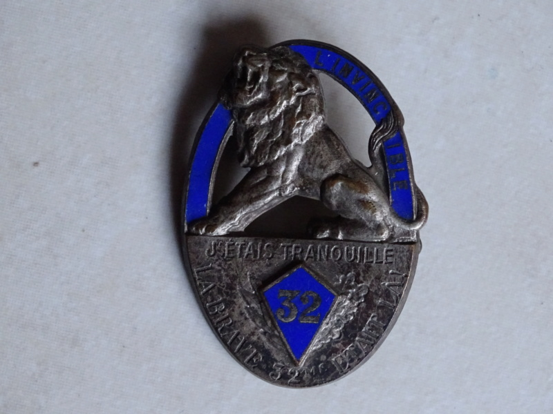 Insignes 32ème RI 1940 BAISSE -ALPINS-NOV3 Insign48
