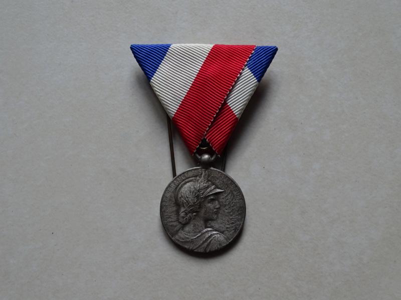 Médaille Amicale des sous officiers Mzodai10