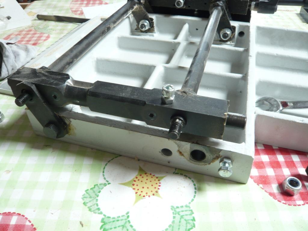 HEUREUX ! Aide levage tables D/R Holzprofi DG320 P1010317