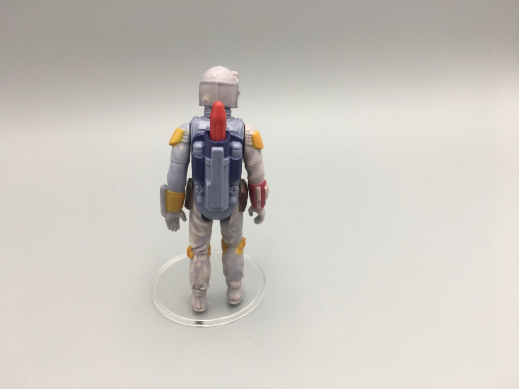 NO COO + 1/2 COO (HONG-) BOBA FETT FIGURES. PLEASE HELP IDENTIFY. Img_2015