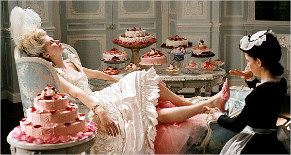 Marie-Antoinette était-elle dépensière ? Les comptes de la maison de la reine 10hohe10
