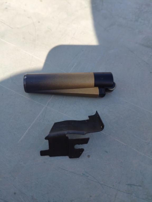 piece tombée lors du demontage volant Piece_10