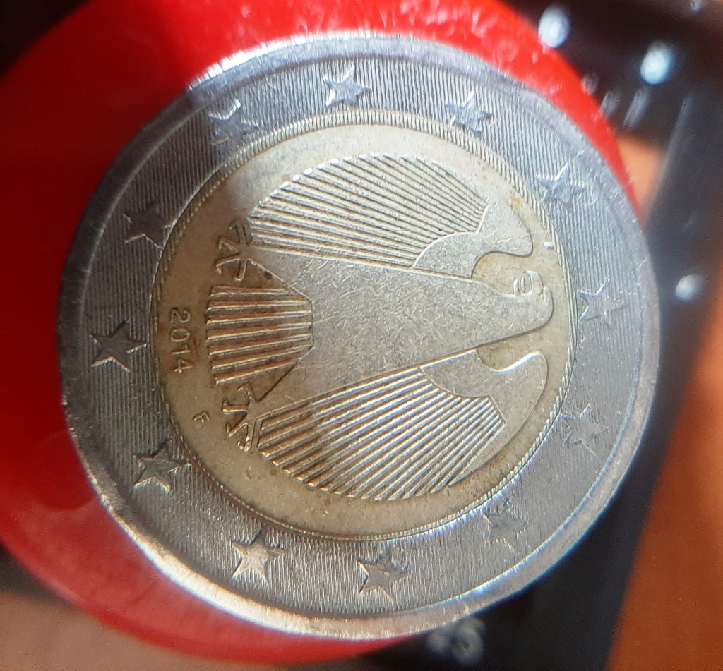 2 Euros 2014 alemania con error de acuñación? 2euros10