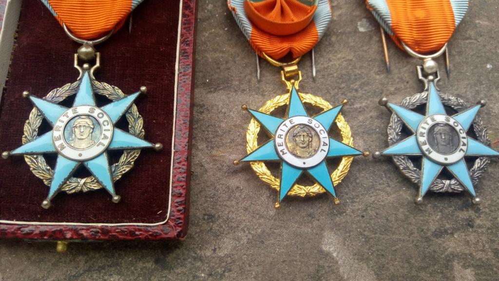 Aide-Graveurs de l'ordre du Mérite Social (1936-1963 ) P_202017